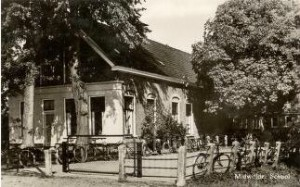 p-SchoolMidwolde-1953